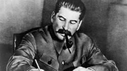 Kuzey Osetya'nın bir köyünde Stalin büstü dikildi