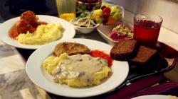 Kafkasya'da öğrenciler kaç paraya yemek yer?