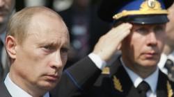 Medvedev'i bekliyorlardı Putin geldi