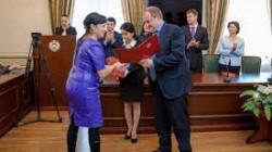 Karaçay-Çerkes'te burslu öğrenciler mezun oldu