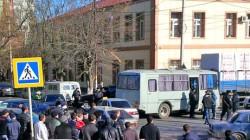 Dağıstan'da cami cemaati polisleri savcılığa şikayet etti