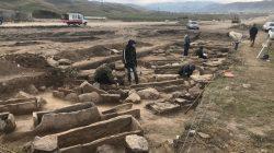 Karaçay-Çerkes'de gömü alanı keşfedildi