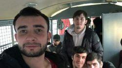 Güvenlik güçleri İnguş öğrencileri tartakladı