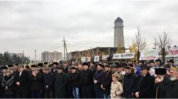 İnguş protestocular Yunus-Bek Yevkurov'un istifasını istedi