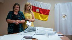 Güney Osetya'da iktidar partisi parlamentodaki çoğunluğunu kaybetti