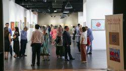 Azerbaycanlı anne ve kızın 'İnce Eller' sergisi sanatseverlerle buluştu
