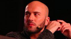 Putin'e küfreden Gürcü gazeteci işinden oldu
