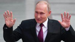 Gürcü gazeteciden Putin'e küfür