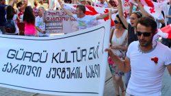 Türkiyeli Gürcüler: Hep beraber Gürcistan'a destek olalım