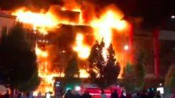 Çeçenya'da alışveriş merkezinde büyük yangın