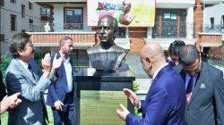 Ankara'ya Kaysın Kuliyev'in büstü dikildi