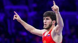 Dağıstanlı güreşçilerden altın madalya