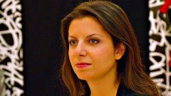 Simonyan'ın Facebook hesabı donduruldu