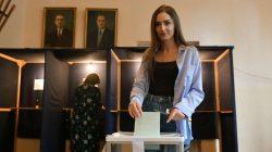 Abhazya'da cumhurbaşkanlığı seçimlerinde ikinci tur yarışı başladı