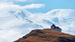 Kabardey-Balkar'dan baş döndürücü dağ manzaraları