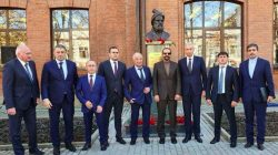 Kuzey Osetya'da Firdevsi'nin büstü açıldı