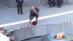 Sergey Lavrov Ermeni anıtında