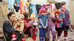 Kafkas Vakfından Kafkasyalı muhacir çocuklara kışlık giyecek yardımı