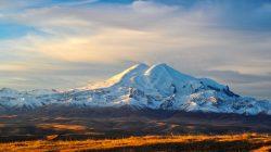 Kafkasların zirvesi: Elbrus