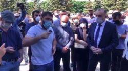 Karaçay Çerkes'te Covid-19 protestosu