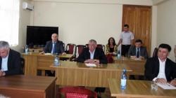 Başkan adayları Abhazca dil sınavında terledi