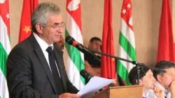 Abhazya başkanlık yarışında Hacimba yine aday