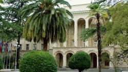 Abhazya muhalefeti tutumunu sertleştiriyor