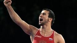 İslambek Albiyev gümüş madalya kazandı