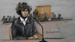 Tsarnayev Boston'daki mahkemede konuşmayı reddetti