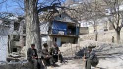 Gimri'de vatandaşlar çocuklarını okula göndermiyor