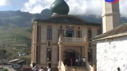 Dağıstan'da yanan tarihi caminin yerine yenisi yapıldı