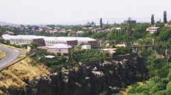 Ermenistan hükümeti Suriyeliler için kurulacak mahalleye destek istedi
