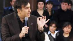 Saakaşvili siyasette kalacak