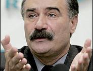 Azerbaycandan Ruslan Auşev'e devlet nişanı