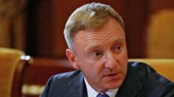 RF Eğitim Bakanı: Okullarda başörtüsüne izin verilemez
