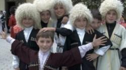 Kabardey-Balkar'da çok çocuklu ailelere ek destek geliyor