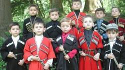 Kafkasya'nın çocukları Çeçenya'da bir araya geldi
