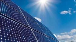 Rusya'nın en büyük güneş enerjisi santrali Dağıstan'da kuruldu