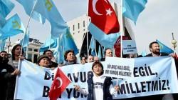 Kırım Tatarlarından Putin protestosu