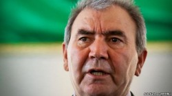 Azerbaycan'da devlet başkanlığı adayları arasında tartışma kızıştı